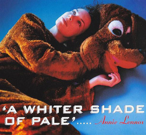 Annie_lennox_a_whiter_shade_of_pale