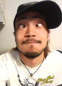 110112kyohei_hengao