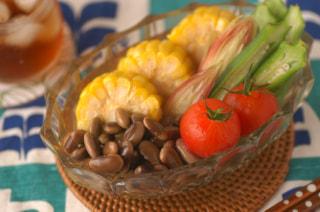 「鞍掛豆と夏野菜のサッパリ浸し」