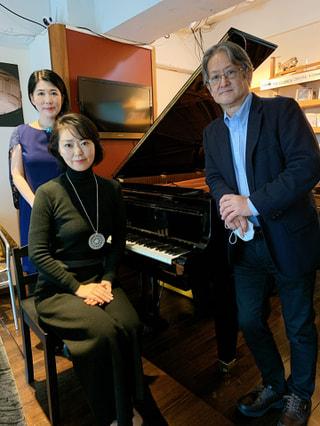 今夜のゲストはピアニストの藤井亜紀さん