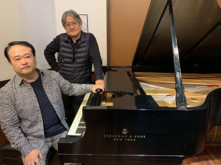 今夜のゲスト ピアニスト タカヒロ・ホシノさん