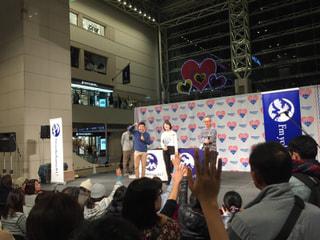 ハマポチの布川康司先生と進藤綾乃さんがステージに登場!