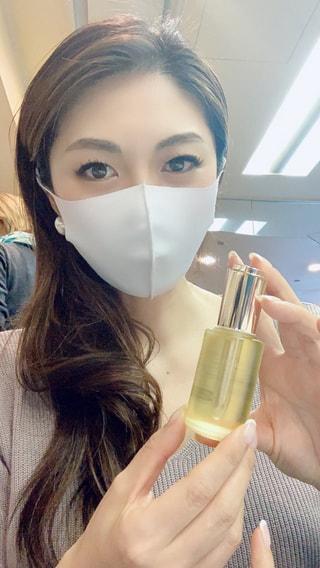 人気女優さんも通うエステサロン発の超優秀美容オイル!!