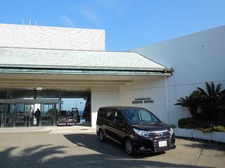 【トヨタ・エスクァイア】ボクシー/ノアの兄弟車エスクァイアは豪華さがウリ(レポート:番組スタッフP)
